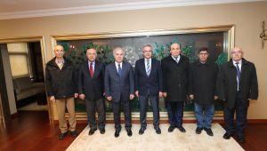 Cem Vakfı Başkanı Döner Başkan Köşker'i ziyaret etti
