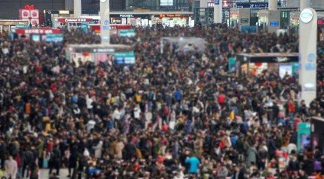 Son dakika... Otobüs kaçırıp kalabalığın arasına daldı!
