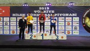 Bilek Güreşçilerden 4 Türkiye Derecesi