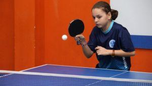 Kağıtsporlu Genç Tenisçi Dünya Şampiyonluğunu Hedefliyor