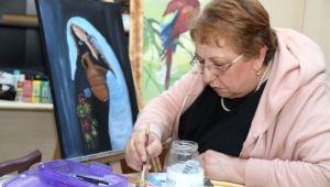 Parkinson Hastalığını Resim Yaparak Yeniyor