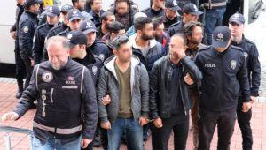 Fetö'den Gözaltına Alınan 28 Kişi Adliyeye Sevk Edildi