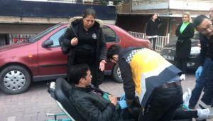 Tartıştığı Arkadaşını Sokak Ortasında Bıçakladı