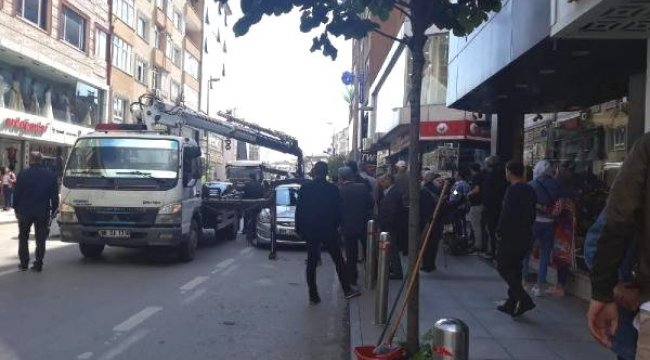 Aracını Çeken Polislerle Tartışınca Gözaltına Alındı