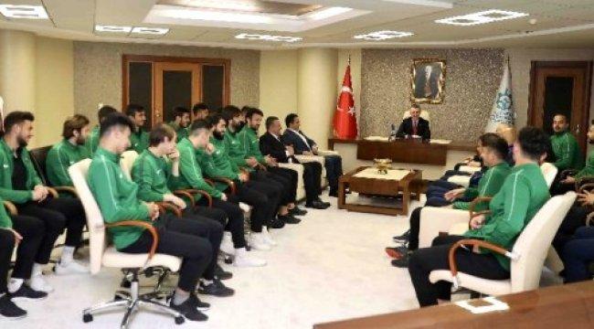 Büyükakın'dan Kocaelispor'a Şampiyonluk Primi Sözü
