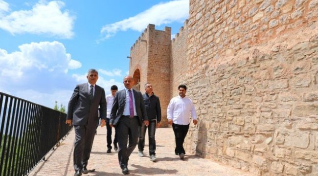Körfez'in Bin 400 Yıllık Kalesi Restore Edildi