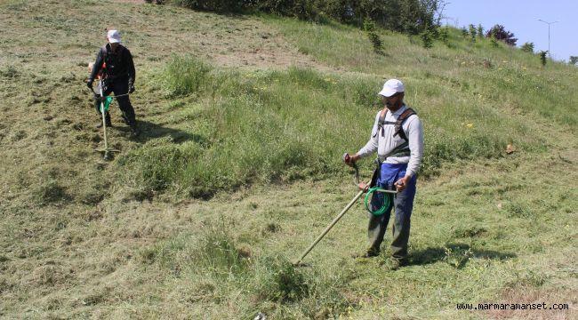 Park ve bahçe ekiplerinden hummalı çalışma