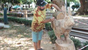 Asırlık çınarların altında ağaçlar heykele dönüşüyor