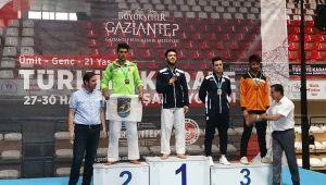 Darıca'lı karateciler altı madalya ile döndü