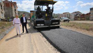 Emek Mahallesi'nde asfalt çalışması