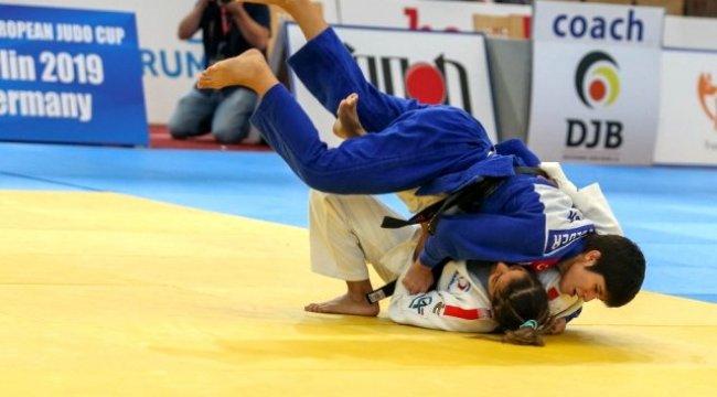 Kağıtsporlu Tuğçe, Avrupa Şampiyonu