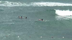 Cankurtaranlar bin 495 kişiyi boğulmaktan kurtardı