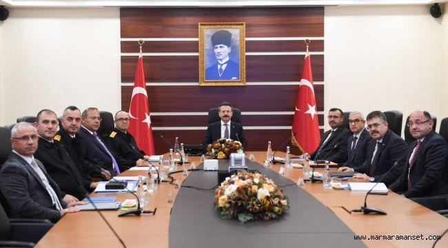Aksoy, 'asayiş' toplantılarını sürdürüyor!