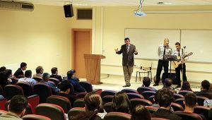 GTÜ'de yüreklere dokunan program