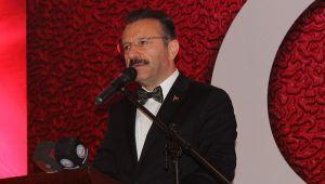 Vali Aksoy, Bayramımızı Buruk Kutluyoruz