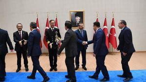 Vali Aksoy, tebrikleri kabul etti