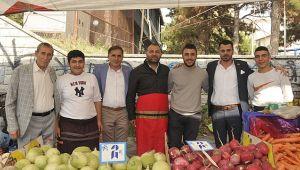 CHP'li meclis üyeleri pazar esnafını dinledi