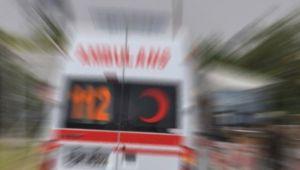 Tırla işçi servisi çarpıştı: 7 yaralı