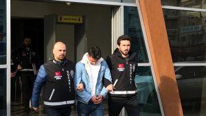 10 bin lira çaldığı iddia edilen iki şüpheli tutuklandı