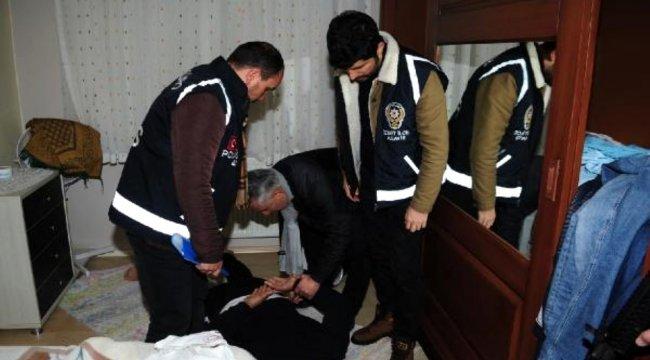 Aranan 28 kişi yakalandı