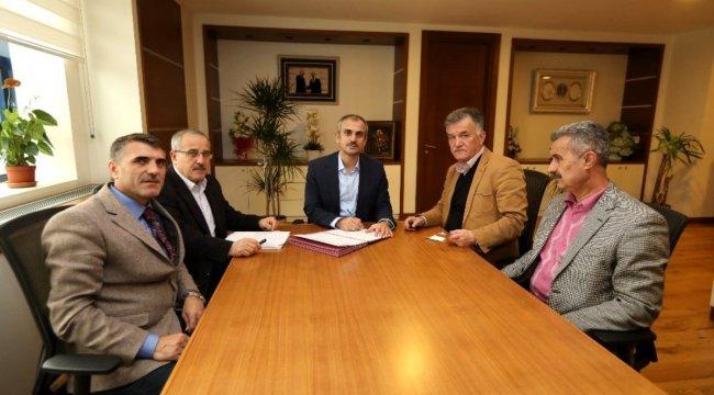 Çayırova Belediyesi'nde sözleşme imzalandı