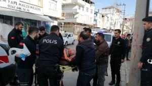 Kamyonetin çarptığı engelli vatandaş yaralandı