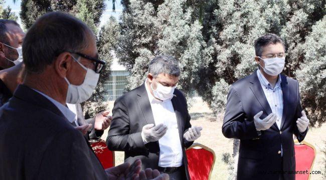 Dilovası'nda şehitler dualarla yad edildi