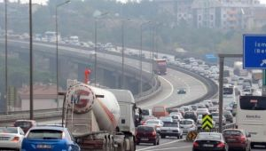 Kocaeli'de trafiğe kayıtlı araç sayısı