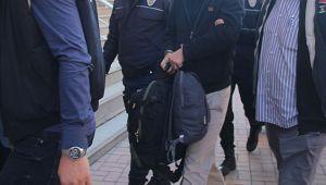 Rüşvet operasyonunda 10'u polis 14 kişi tutuklandı