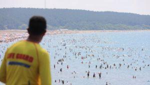 204 kişi boğulmaktan kurtarıldı